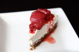 Vanilla-Bean-Cheesecake-5-paleo